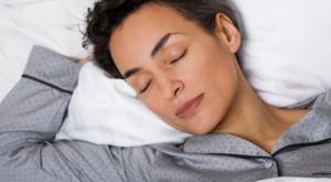 woman sleeping menopause