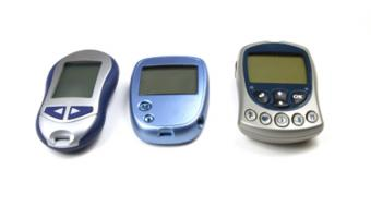 Lori Berard, RN, CDE, Diabetes Educator,  discusses what glucose monitors are available.