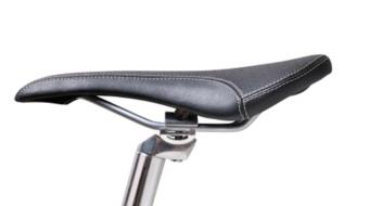 Larissa Roux, MD FRCP Dip Sport Med, MPH, PhD, discusses bike seat neuropathy.