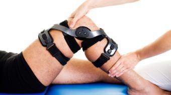 knee in brace