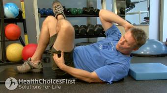 Jackson Sayers, B.Sc. (Kinesiology), discusses stomach strength cross exercises.