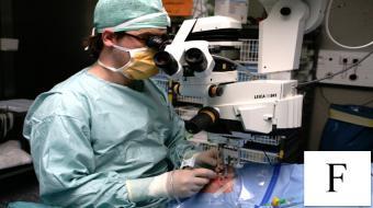 surgery eye fr