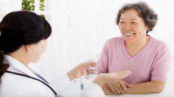 woman asian with doctor